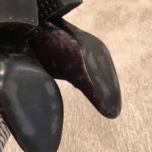 Kendall & Kylie Shoes - kendall and kylie crushed velvet booties